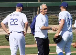 Lasorda: Koufax knocked me off Dodgers roster
