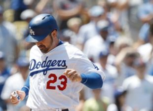 Dodgers Defeat Red Sox In Game 2