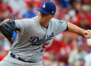 Wood, Dodgers shutdown Reds