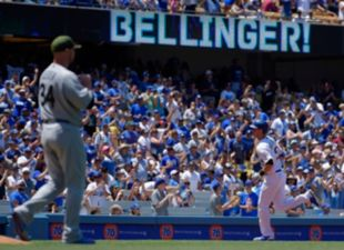 Bellinger shines, again