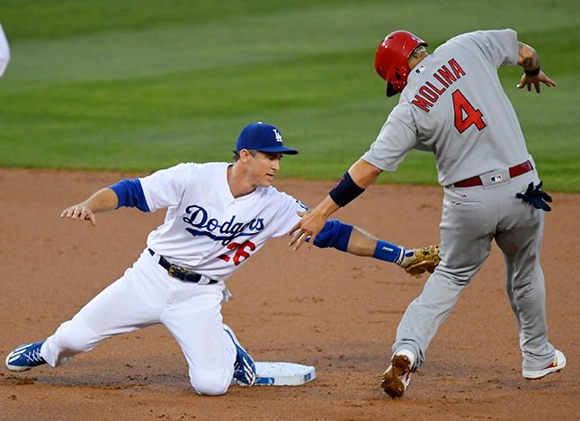 Dodgers beat the Cardinals 2-1 after 13 innings