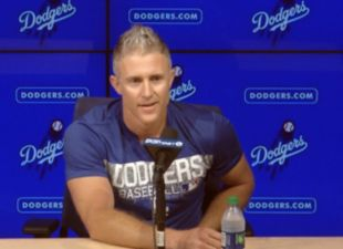 Chase-utley-thumb-713?wid=310&hei=225&fit=stretch&bgc=000000&