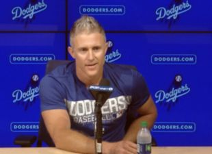 Utley Announces Retirement
