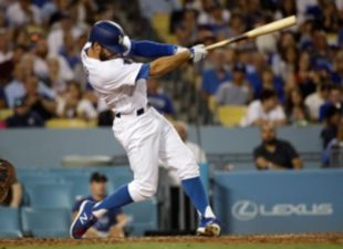 Taylor drives in three, Dodgers win 6-2