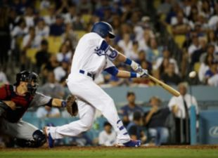 Bellinger HR wins it for Dodgers