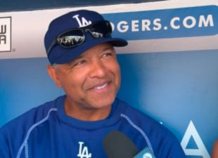 Dave-roberts-dugout-report-thumb?wid=310&hei=225&fit=stretch&bgc=000000&