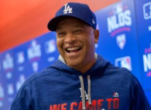 Dave Roberts Named NL Manager of the Year