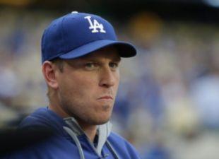 Dodgers-aj-ellis-thumb-0825?wid=310&hei=225&fit=stretch&bgc=000000&