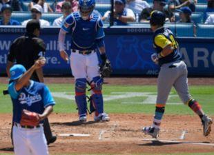 Dodgers snap series winning streak