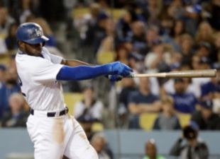 Puig, Dodgers power past D-backs