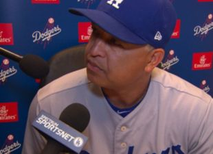 Dodgers-giants-dave-roberts-thumb-426?wid=310&hei=225&fit=stretch&bgc=000000&