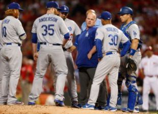 After Rain Delay, Dodgers Fall 11-1 to Reds