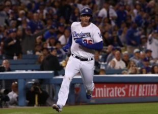 Dodgers rally past Giants to take Series