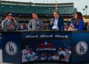 Dodgers FanFest: Roberts & Friedman