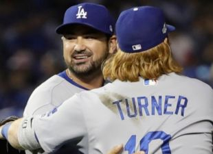 Dodgers Beat Cubs, Even Series 1-1