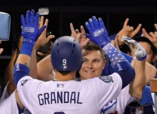 Dodgers def. Brewers, 6-4