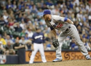 Dodgers Fall To Brewers, 7-0