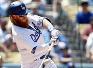 Dodgers Stadium Erupts for Turner