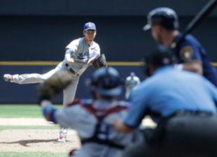 Dodgers drop Game-3 to Brewers, 3-0