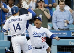 Kike, Dodgers on a roll