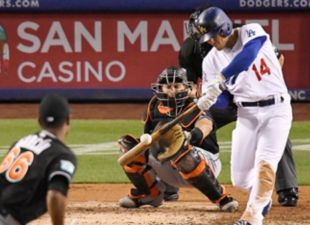 Kike does it all against the Marlins
