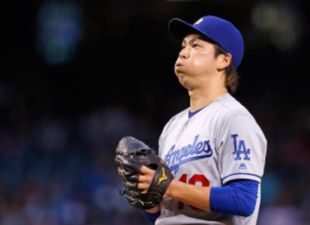 Dodgers Swing The Bats; Defeat The D-Backs
