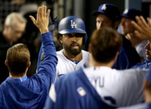 Kemp Homers, Dodgers Win 4-0