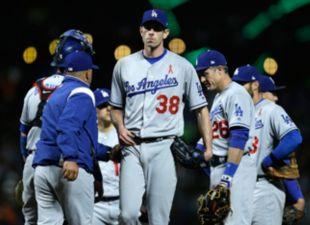 Dodgers fall to Giants, 8-4