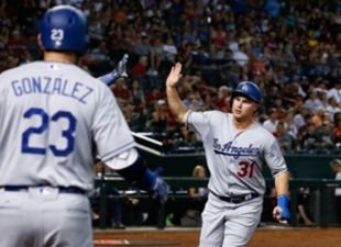 Dodgers Avoid the Sweep, Beat D-backs 6-2