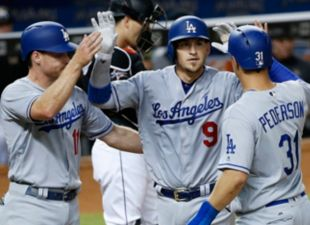 Bellinger Hits for the Cycle, Dodgers def. Miami 7-1