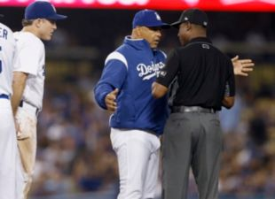 Utley gets ejected, Dodgers beat the Padres