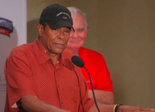 "Rod Carew Honored with ""Celebration of Life"" Award"