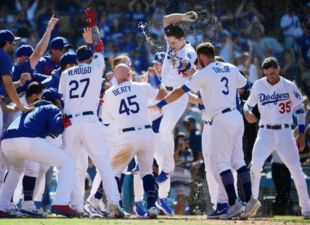 Dodgers sweep the Rockies 6-3