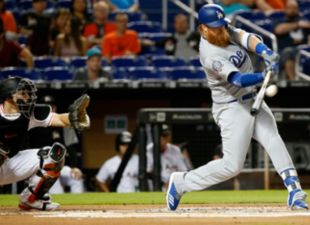 Turner, Dodgers power past Marlins