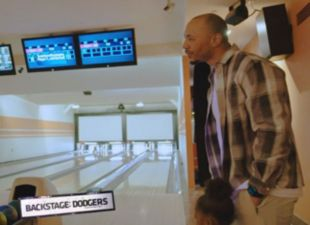 Backstage: Bowling with Betts