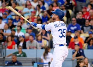 Dodgers def. Cardinals 8-0 in home opener
