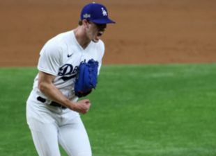 Buehler, Dodgers take game 1
