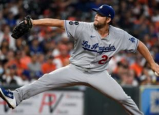Kershaw earns 7th win, dominates Astros