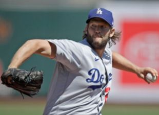 Kershaw Dominates Giants