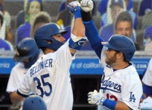 Dodgers Dominate Giants 9-1