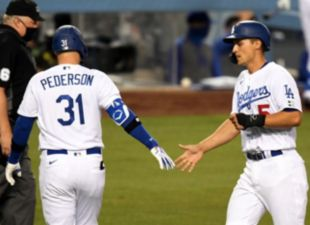 Dodgers top Giants 8-1 on Opening Day