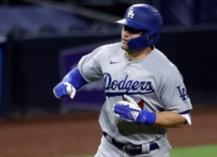Pollock Homers, Dodgers win 5-2