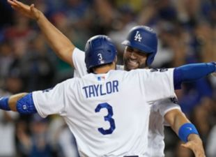 Taylor hits 3 HRs, Dodgers extend NLCS